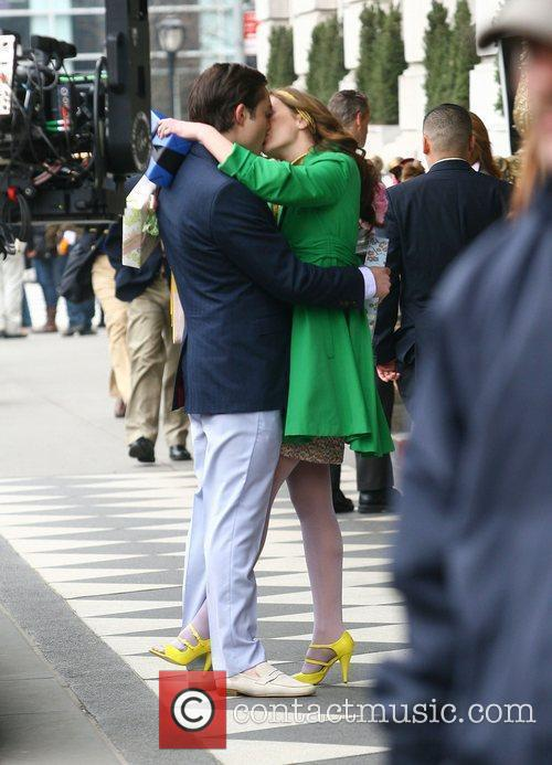 Leighton Meester and Ed Westwick 6