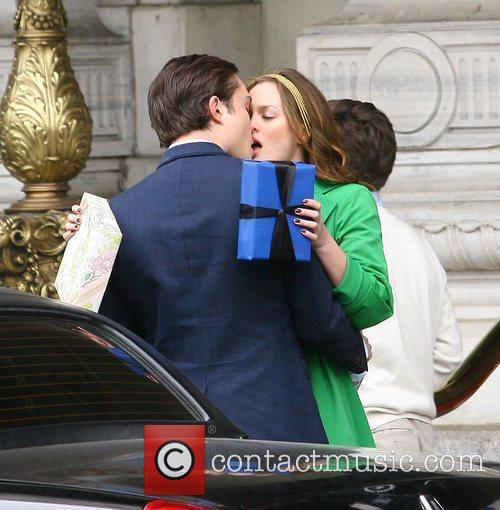 Leighton Meester and Ed Westwick 10