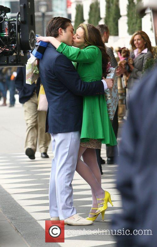 Leighton Meester and Ed Westwick 7