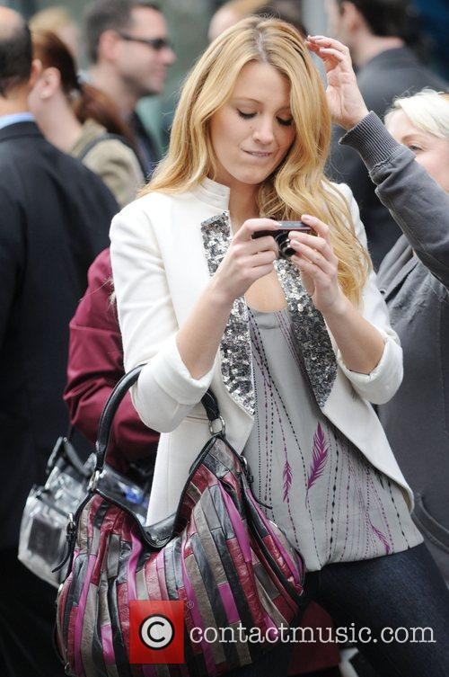 Blake Lively  on location filming the CW...