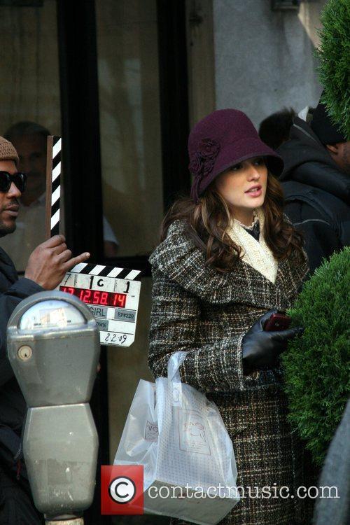 Leighton Meester Filming on the set of 'Gossip...