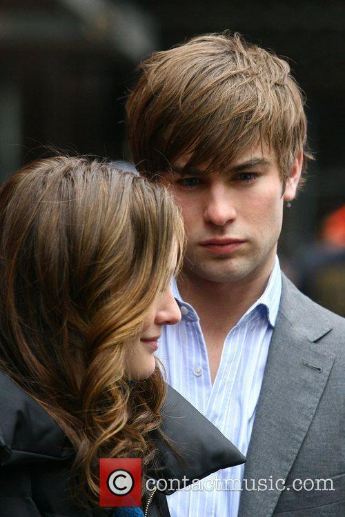 Leighton Meester and Chase Crawford 11