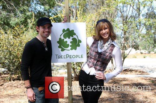 Kris Black and Leeza Gibbons The Green Hollywood...