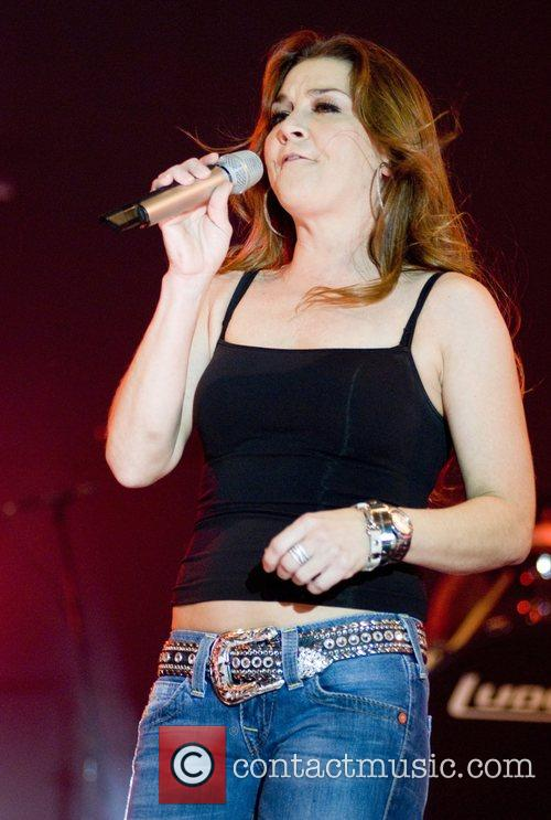 Gretchen Wilson and Chicago 7