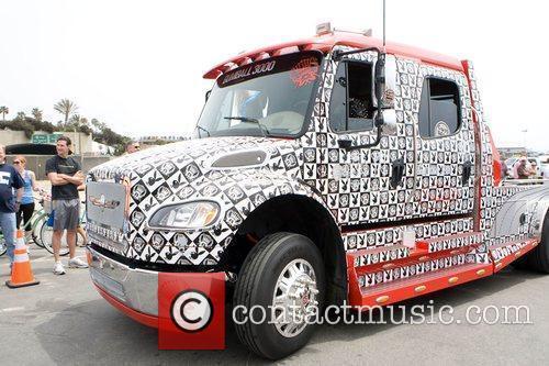 Dennis Rodman's truck Gumball 3000 - Drivers get...