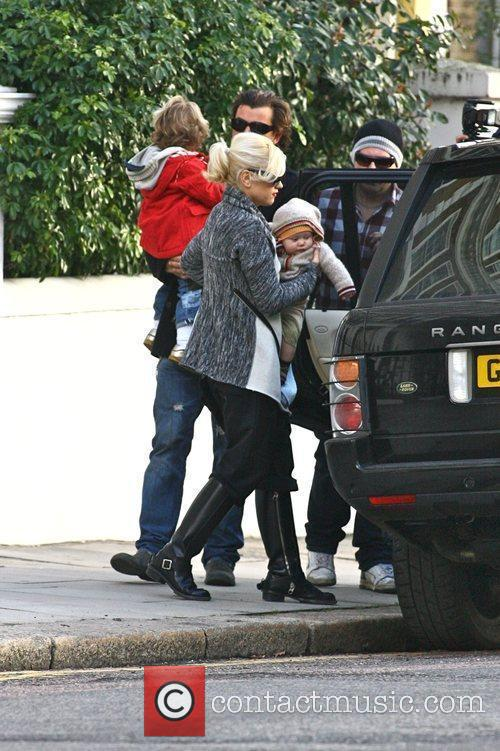 Gwen Stefani and Gavin Rossdale leaving their house...