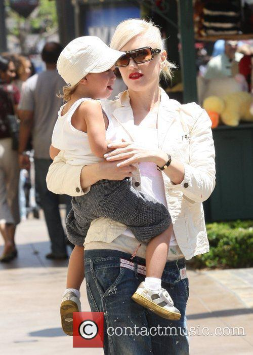 Gwen Stefani and her son Kingston Rossdale shopping...