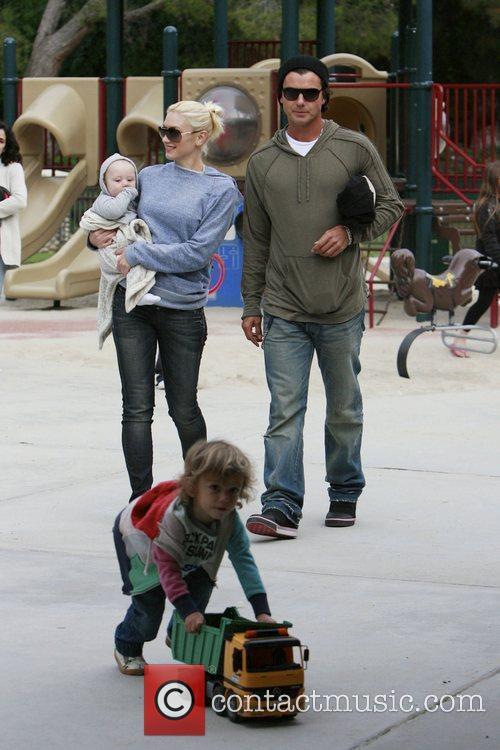 Gwen Stefani walking with baby Zuma, husband Gavin...
