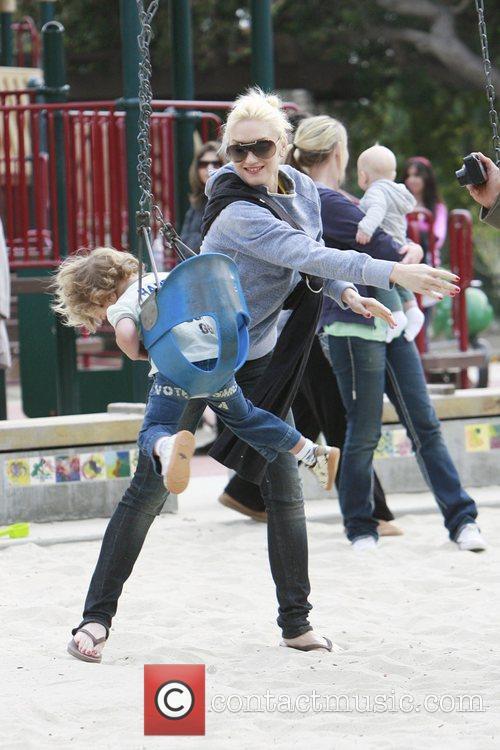 Gwen Stefani spins her son Kingston on a...