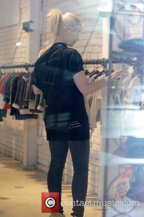 Gwen Stefani shopping at the children's boutique Trico...