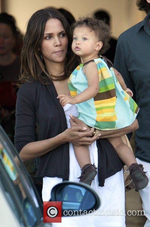 Halle Berry and daughter Nahla 8