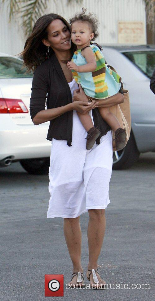 Halle Berry and Daughter Nahla 9