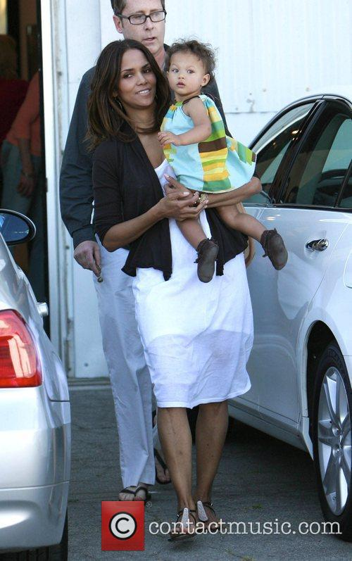 Halle Berry and daughter Nahla 11