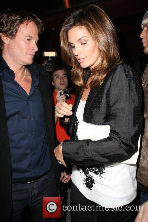 Cindy Crawford, Elton John and Rande Gerber 4
