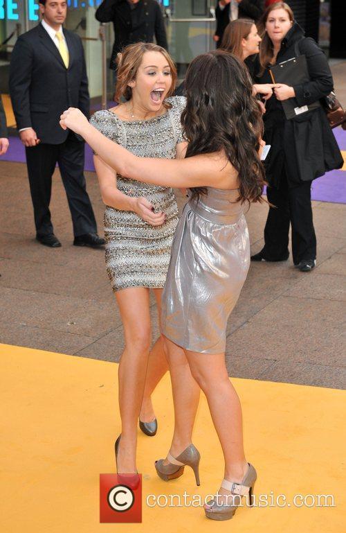 Miley Cyrus and Demi Lovato in 2009