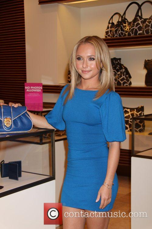 Hayden Panetierre unveils her fashion clutch bag by...