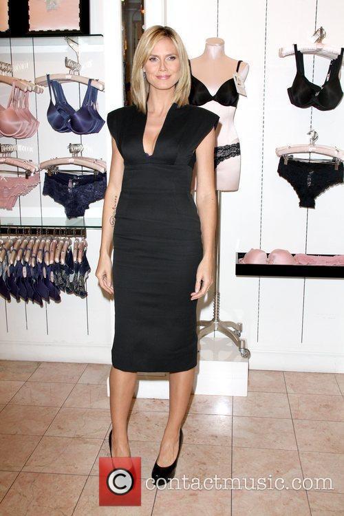 Heidi Klum and Victoria's Secret 3