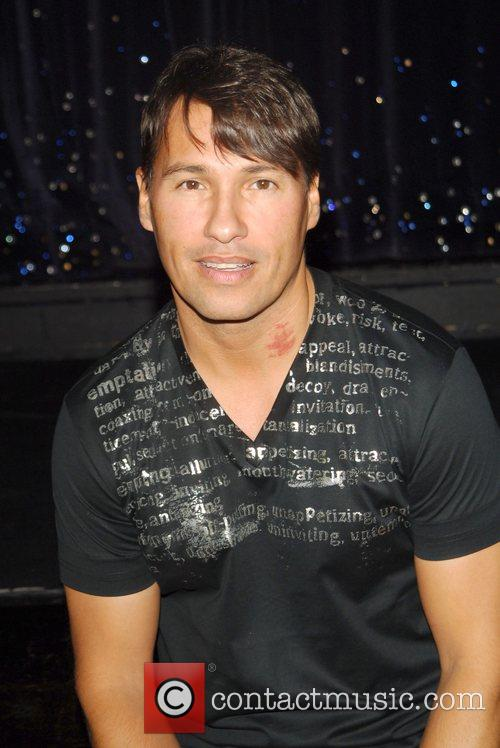 Nathan Moore Here & Now Tour 2009 press...