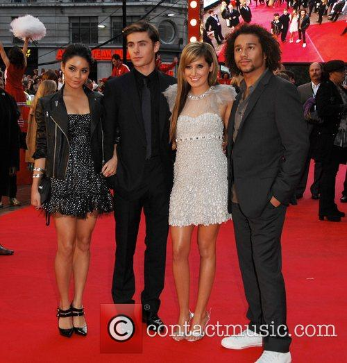 Vanessa Hudgens, Ashley Tisdale and ZAC EFRON 1