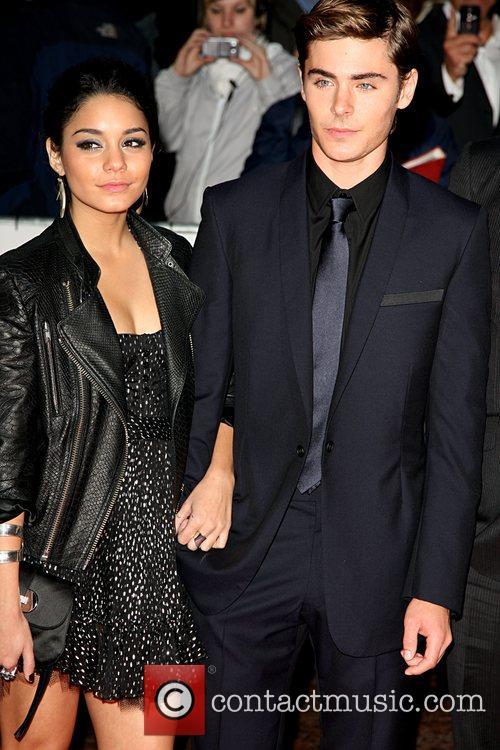 Vanessa Hudgens and Zac Efron 5