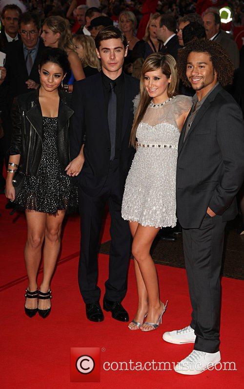 Vanessa Hudgens, Ashley Tisdale and ZAC EFRON 3
