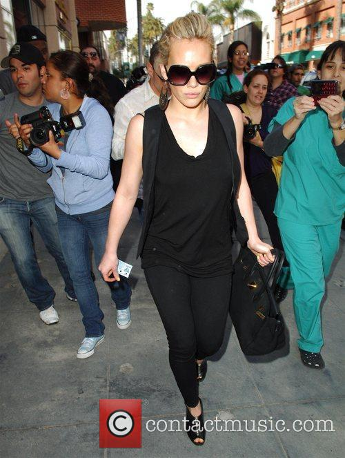 Hilary Duff enters a medical building in Beverly...