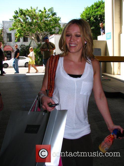 Hilary Duff shopping on Robertson Boulevard Los Angeles,...