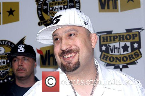 B Real and Vh1 2