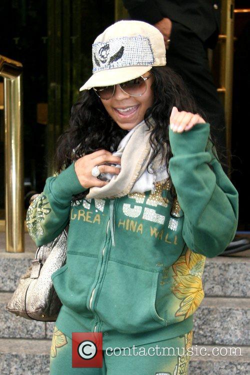 Ashanti outside her Manhattan hotel New York City,...