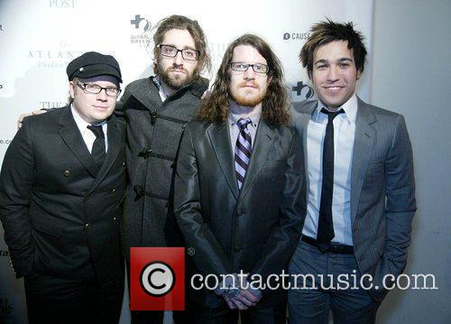 Patrick Stump, Andy Hurley and Pete Wentz 10