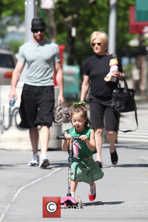Hugh Jackman, Carrying A Picnic Blanket, His Wife Deborra-lee Take Daughter, Ava Eliot and For A Scooter Ride 7