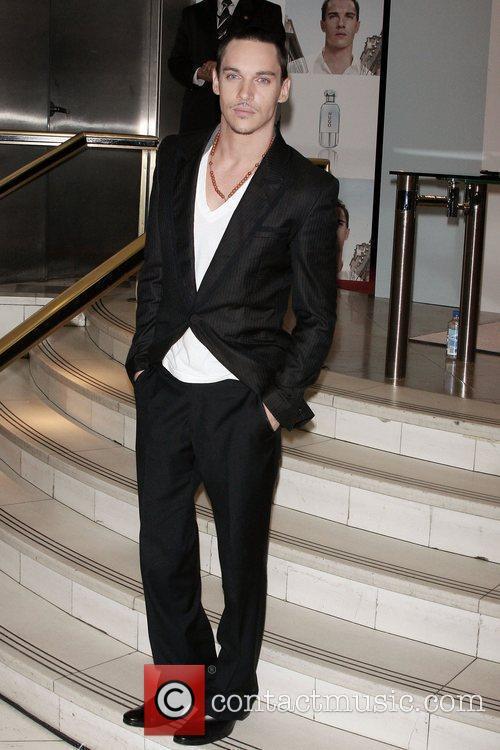 Jonathan Rhys Meyers 11