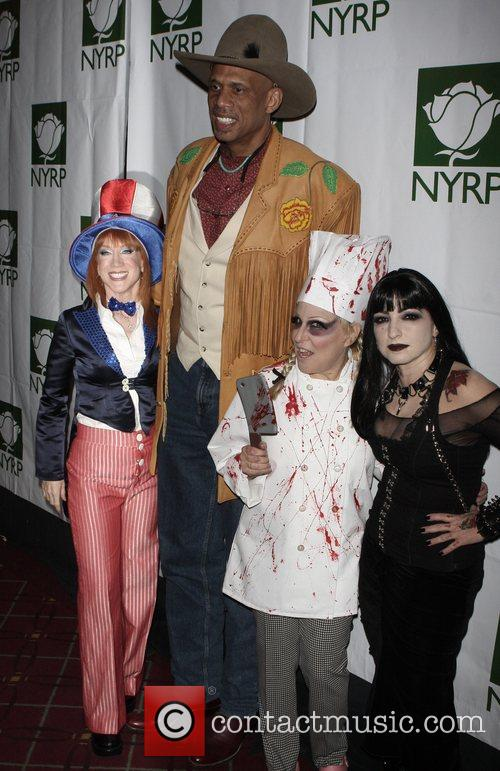 Kathy Griffin, Bette Midler and Kareem Abdul-jabbar 2