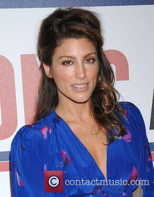 Jennifer Esposito and Tommy Hilfiger 1