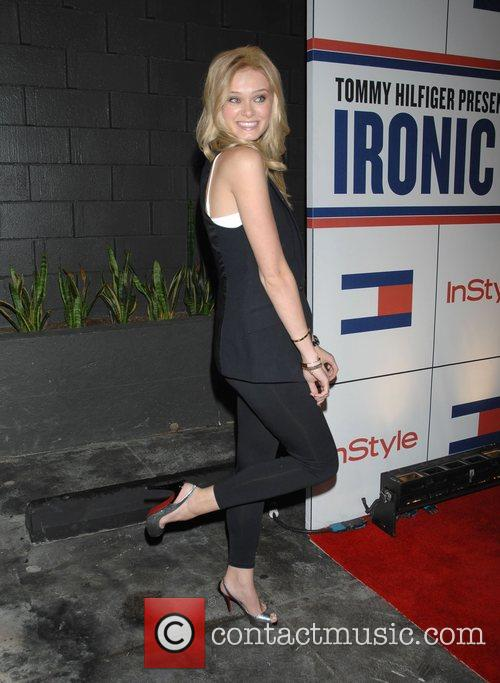 Sara Paxton and Tommy Hilfiger 4