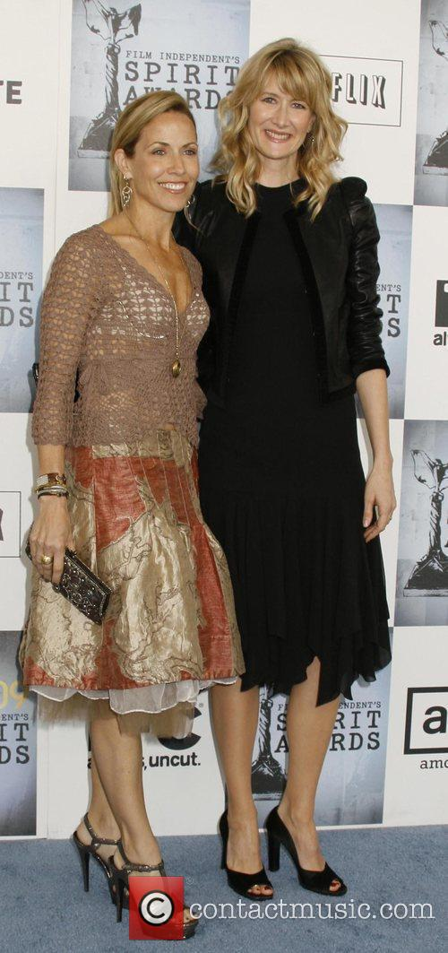 Laura Dern and Sheryl Crow 1