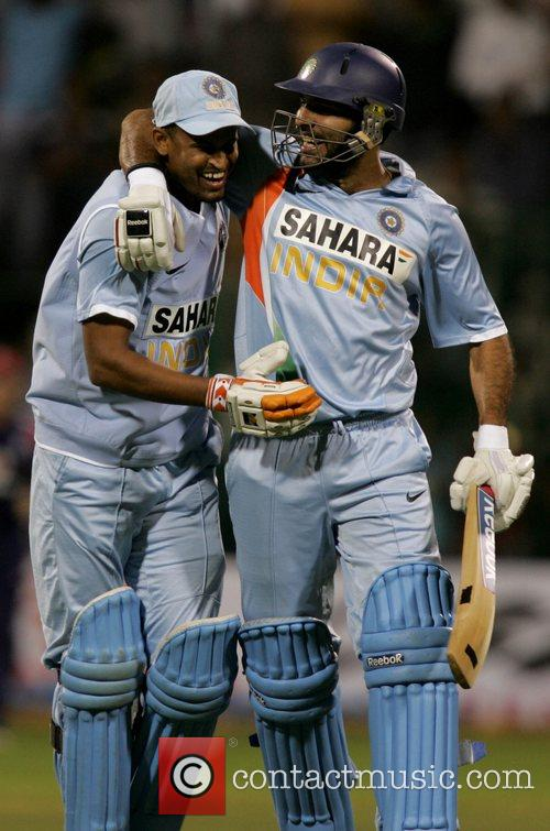 Yuvraj Singh and Yusuf Pathan 4th ODI England...