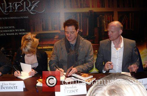 Eliza Hope Bennett, Brendan Fraser, Paul Bettany World...