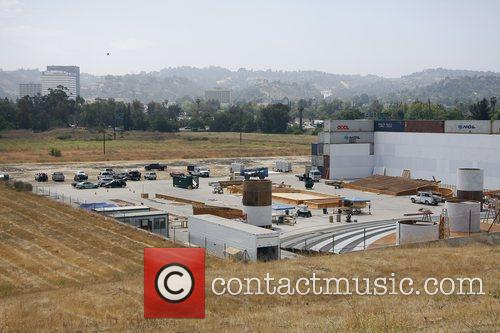A Massive Construction Project In The Foot Of A Huge Dam Which Is Being Used For The Set Of Upcoming Movie 'iron Man 2' 3