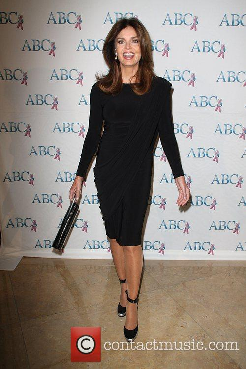 Tracy Scoggins The John Wayne cancer institute honors...