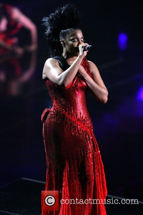 Janet Jackson 16