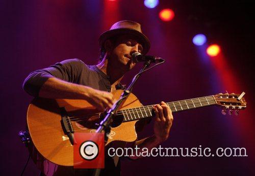Jason Mraz performing live at E-Werk Cologne, Germany