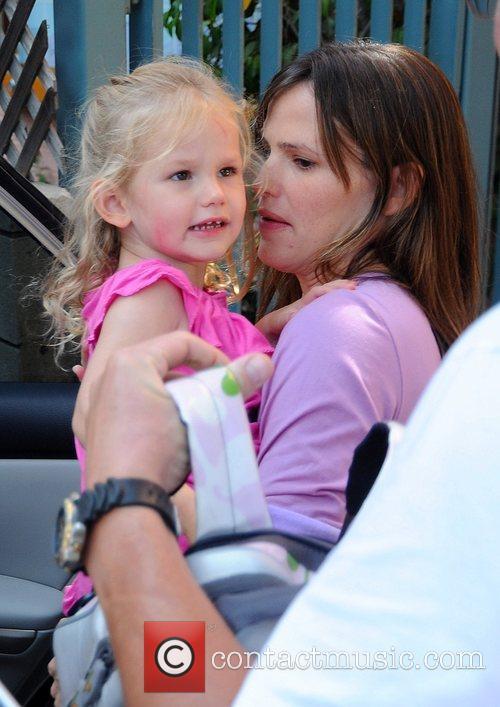 Jennifer Garner collects daughter Violet Affleck from school...