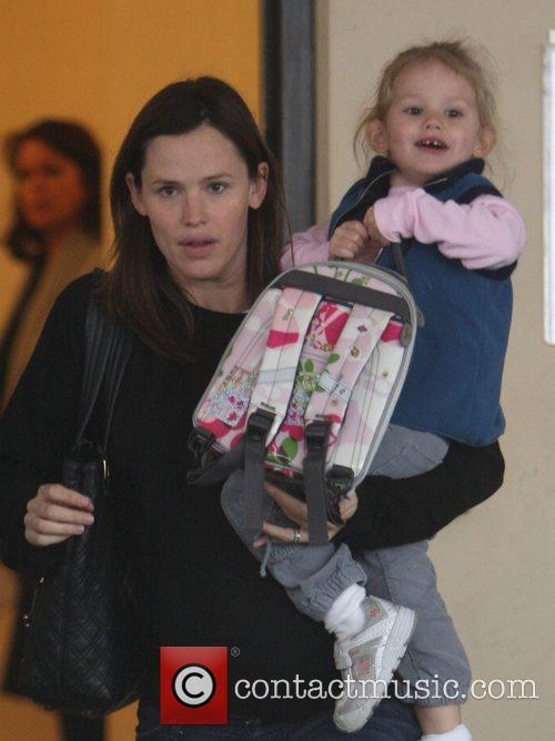 Picks up her daughter Violet Affleck from Nursery...