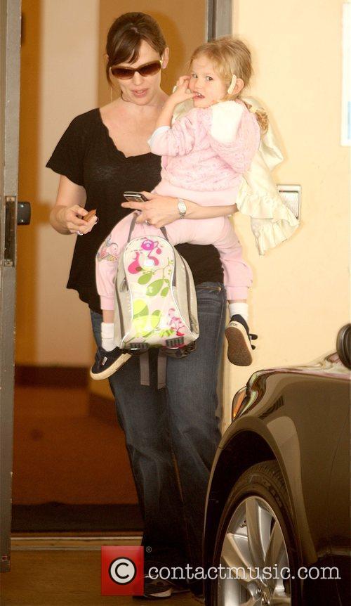 Jennifer Garner  picks up her daughter, Violet...