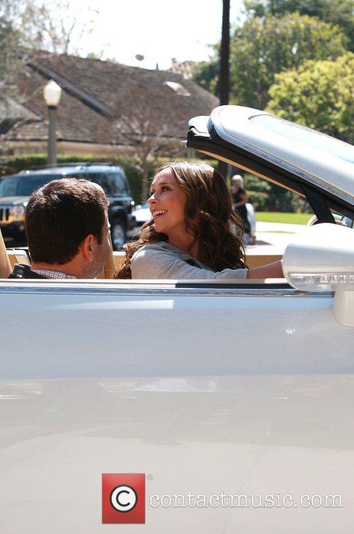 Jennifer Love Hewitt shows off her new car...