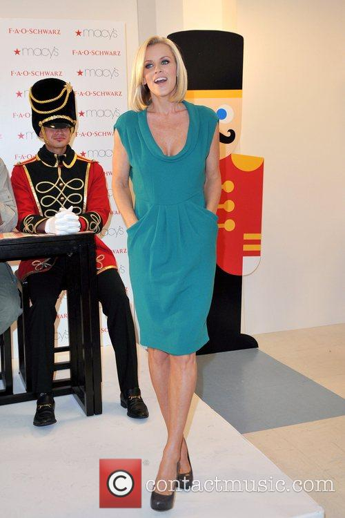 Celebrates the grand opening of FAO Schwarz toy...