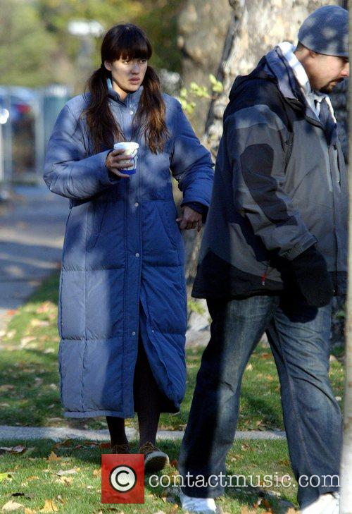 Jessica Alba filming on the set of 'An...