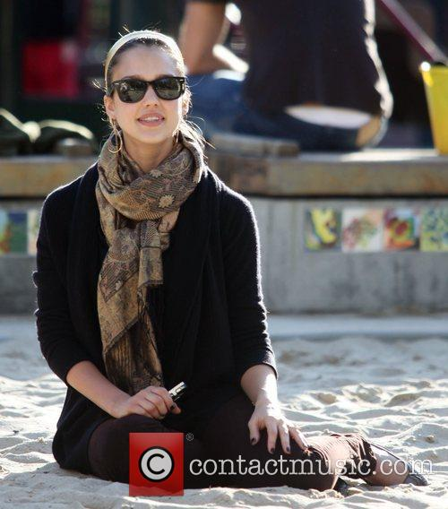 Jessica Alba 27