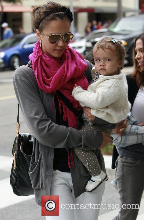 Jessica Alba and her daughter Honor Marie 16